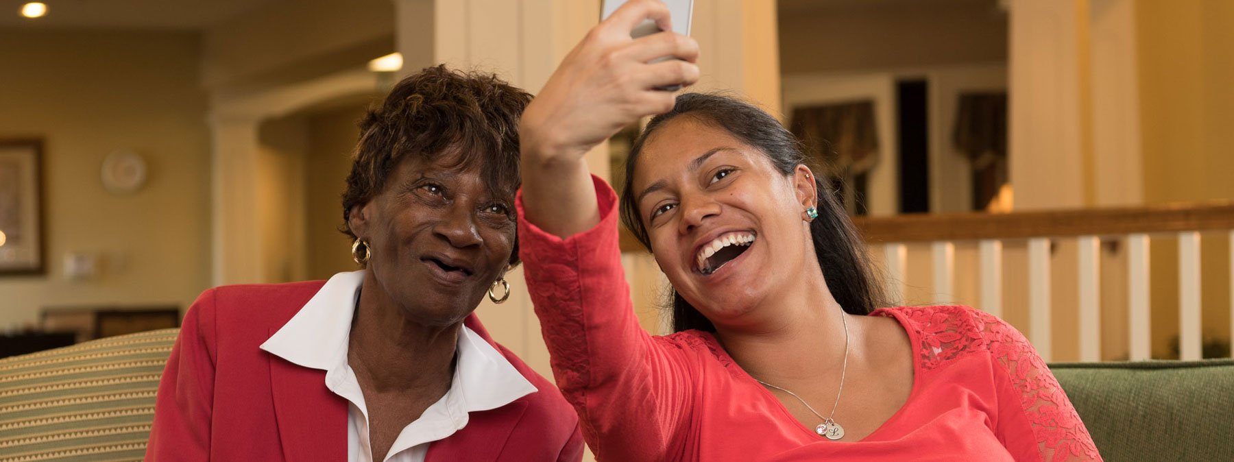Mother and daughter spending time together at Mt. Crek - senior retirement living facility